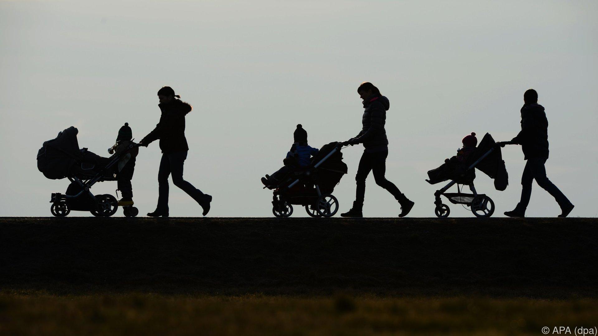 """Familienministerin: """"Niemand muss Familienbeihilfe zurückzahlen"""""""