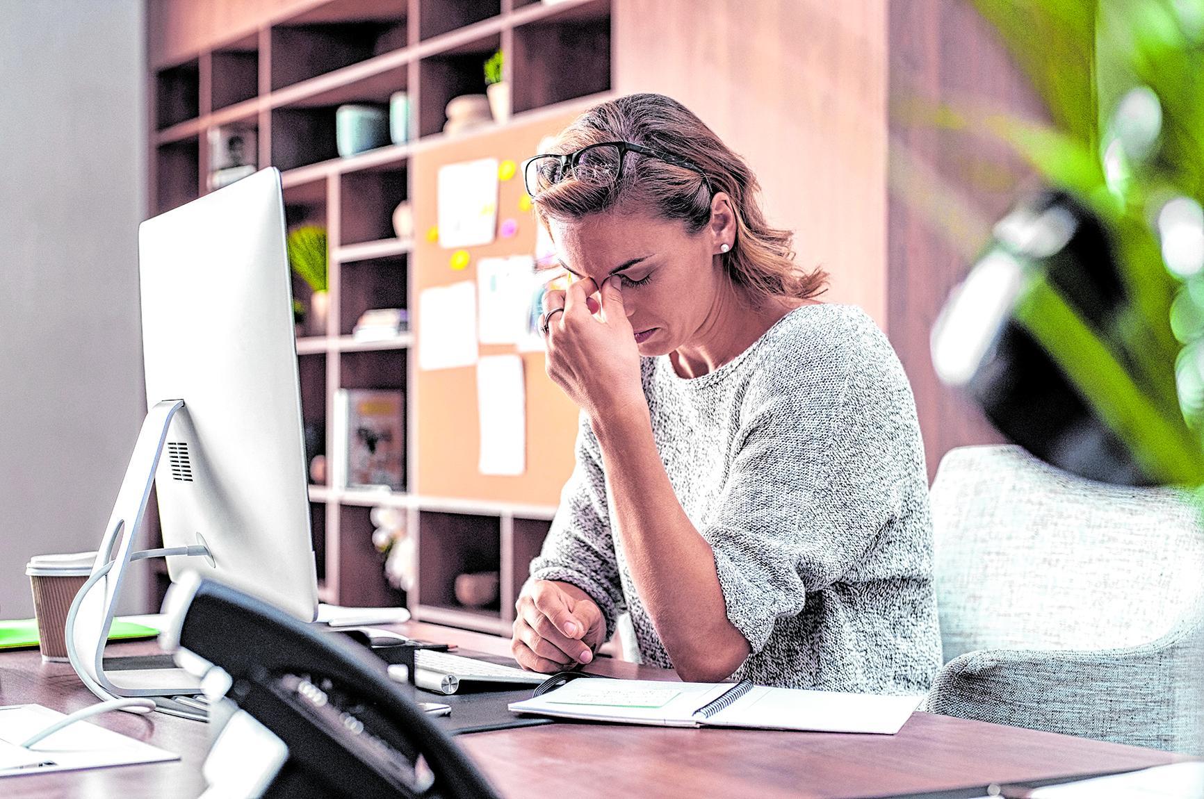 Am Arbeitsplatz stressen Zeitdruck, Kunden und Lärm am meisten