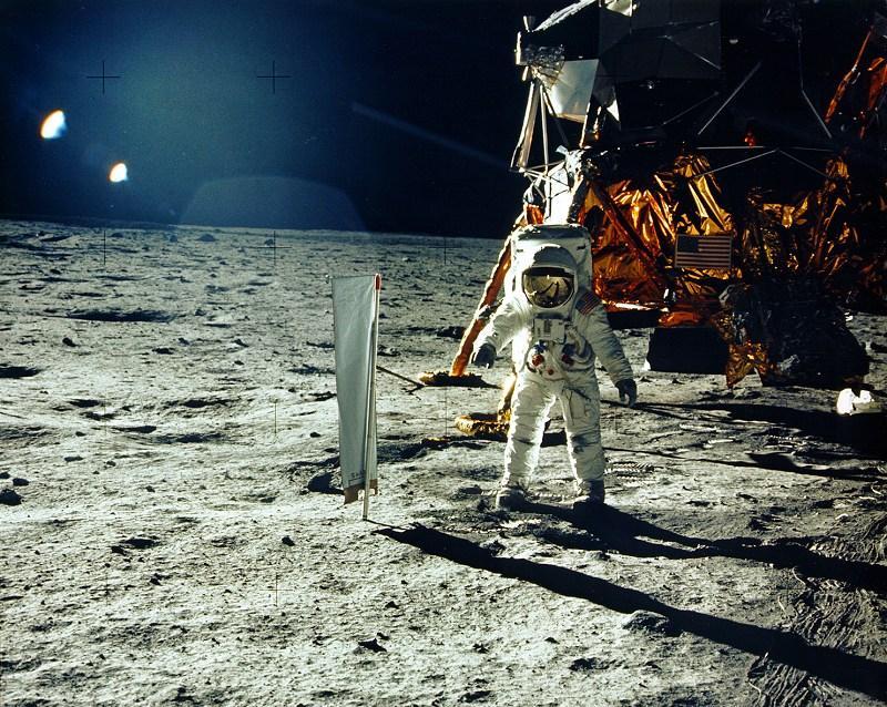 Nokia bekommt Zuschlag für Mobilfunknetz auf dem Mond