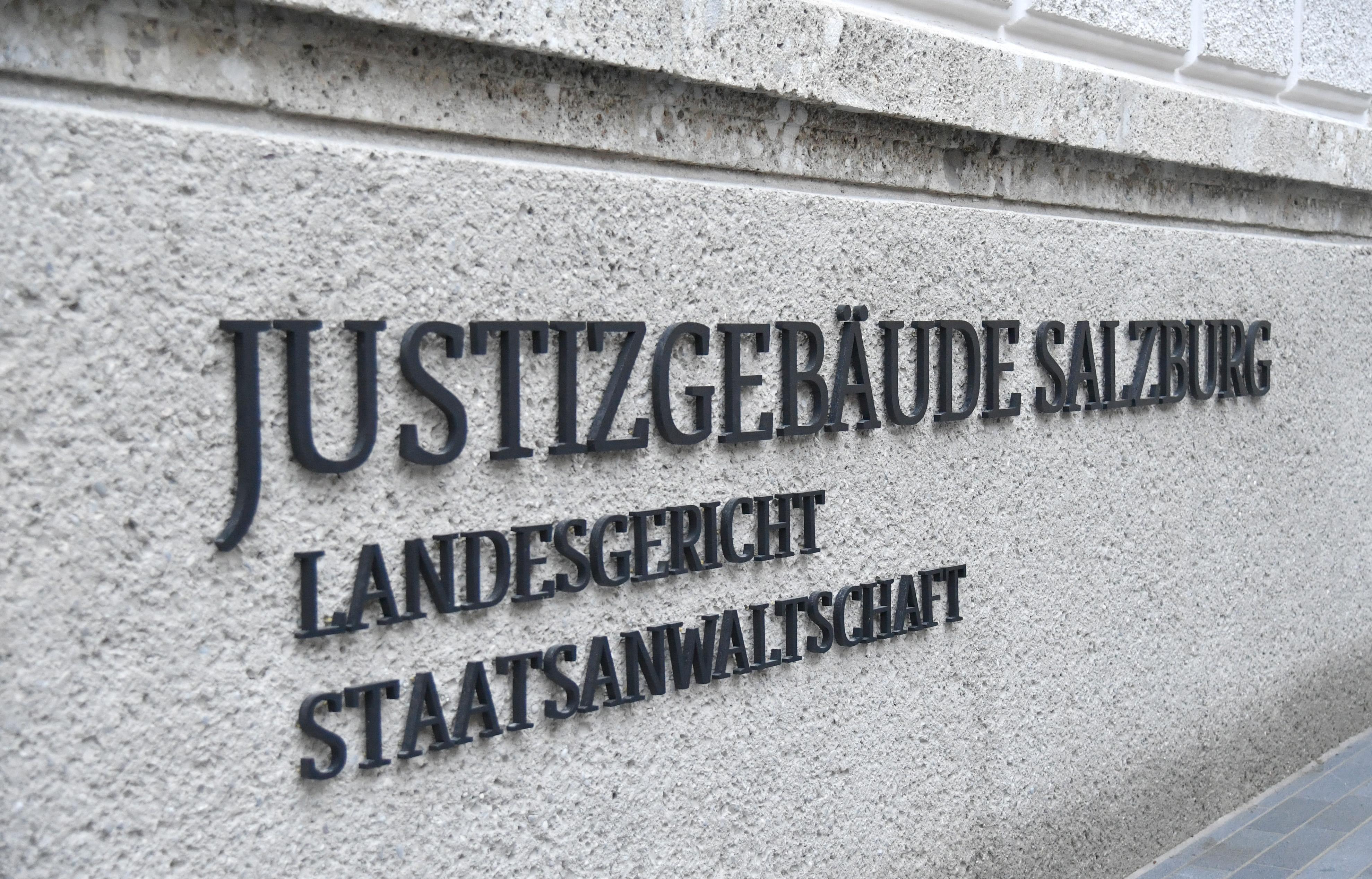 Zwei Burschen in Salzburg mit Messer niedergestochen: 15 Jahre Haft