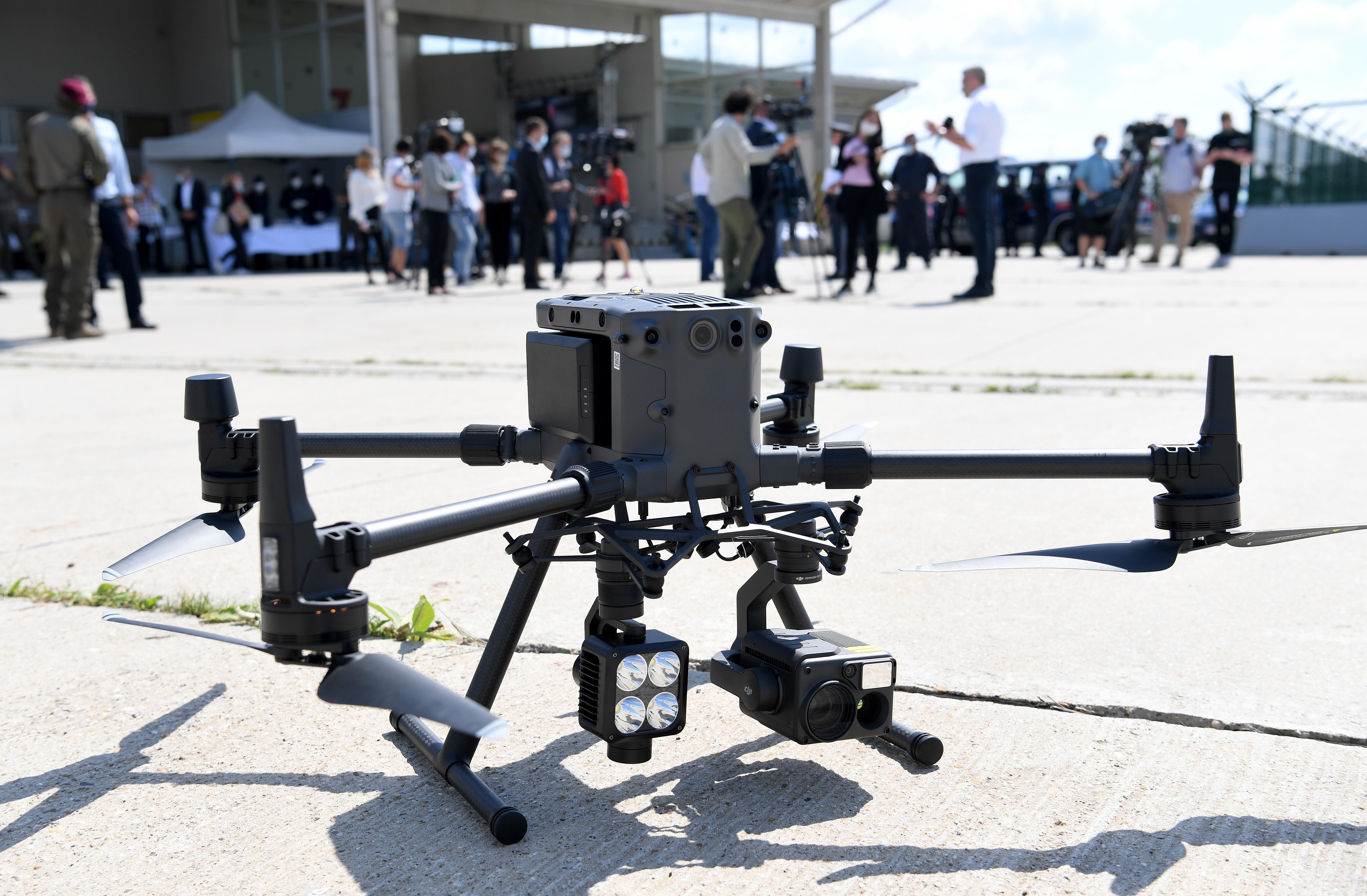 Nehammer: Mit Drohnen gegen illegale Grenzübertritte