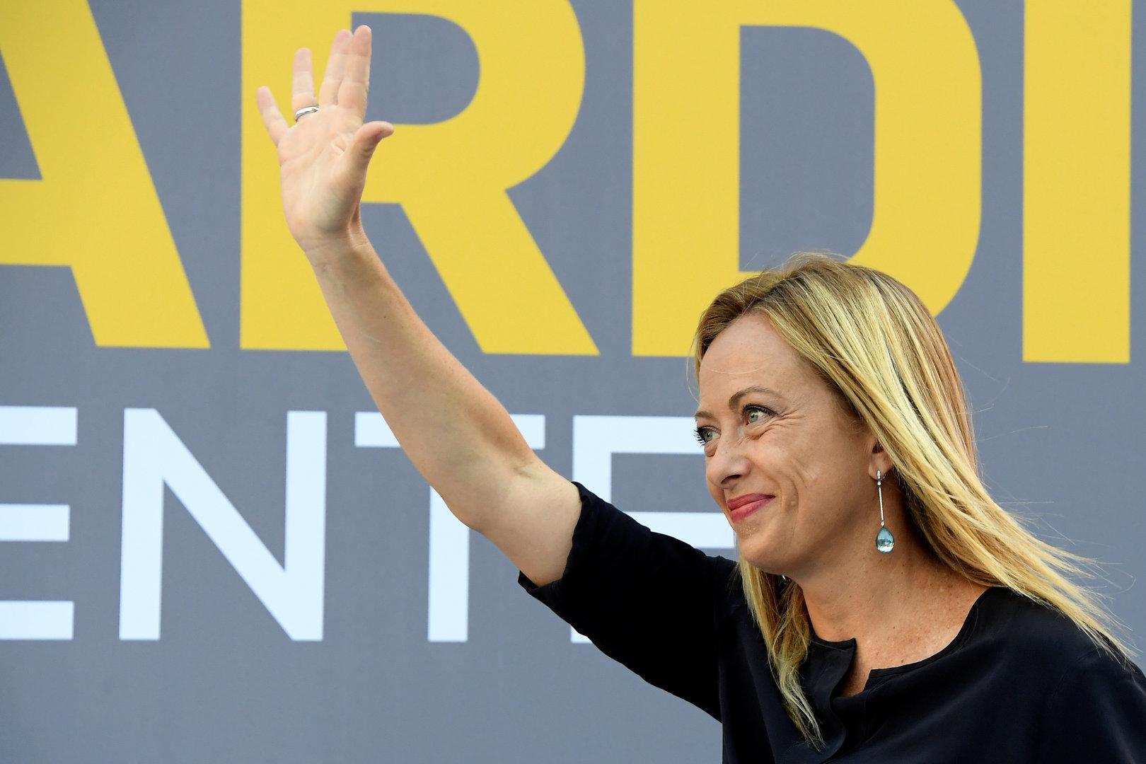 Postfaschistin Giorgia Meloni  bringt Matteo Salvini unter Druck
