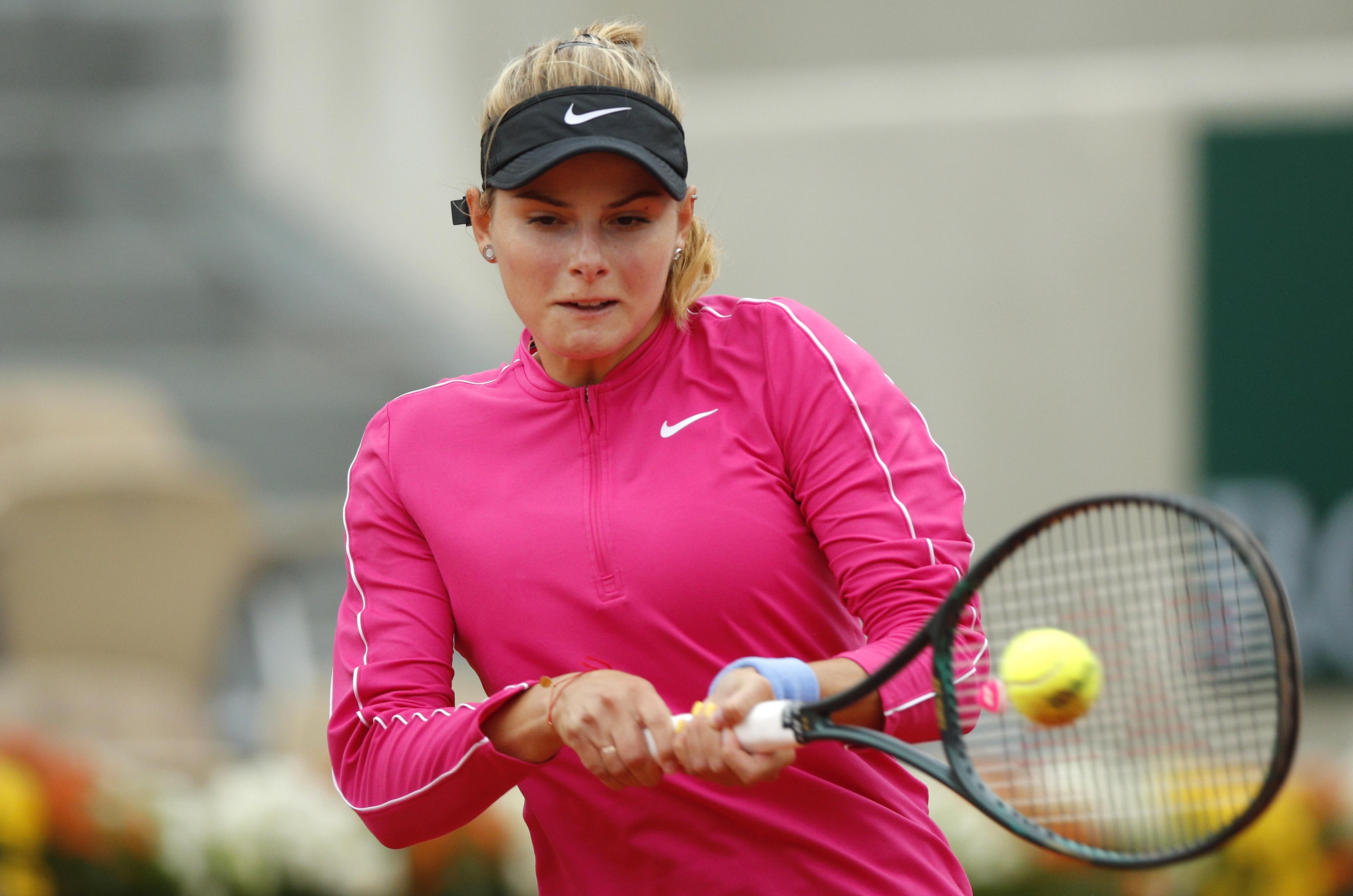 Tränen bei French Open: Tennis-Spielerin gingen die Schläger aus