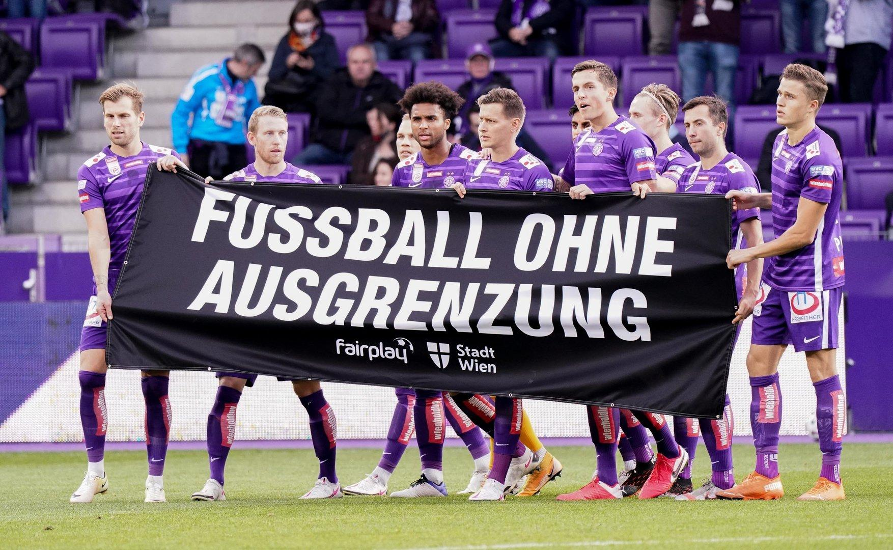 Die Austria unterliegt Meister Salzburg 0:2