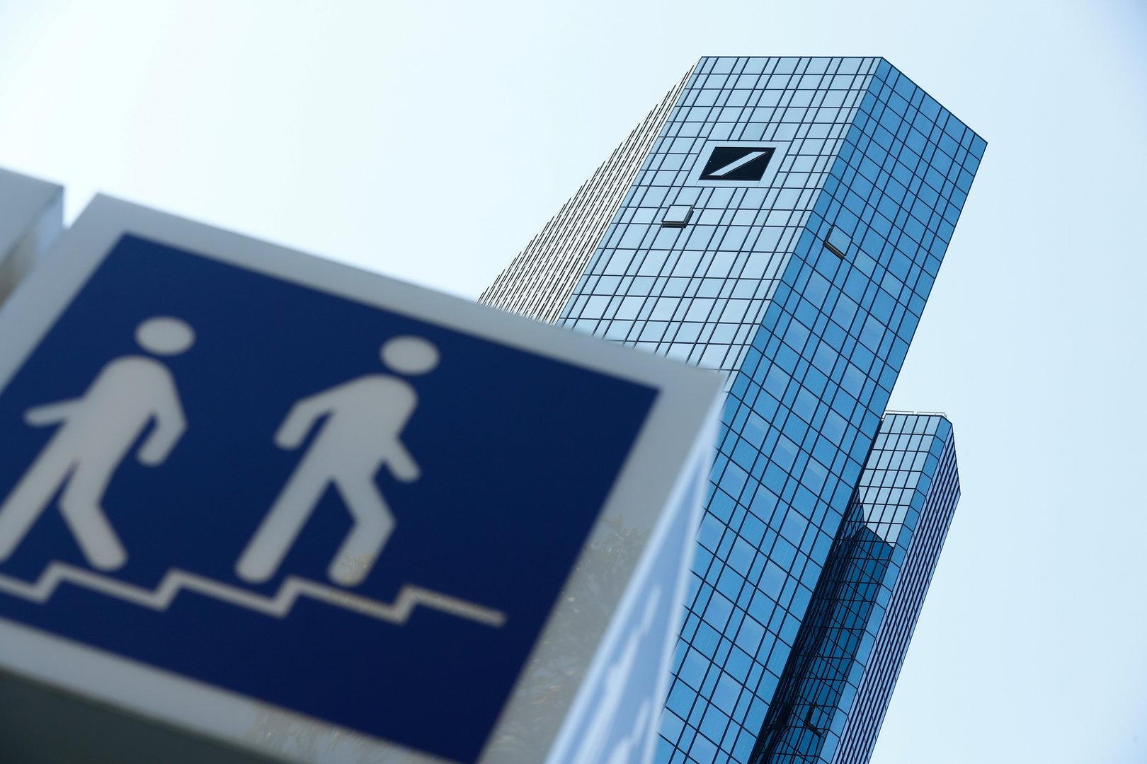 Deutsche Bank verdiente dank Investmentbanking unerwartet viel