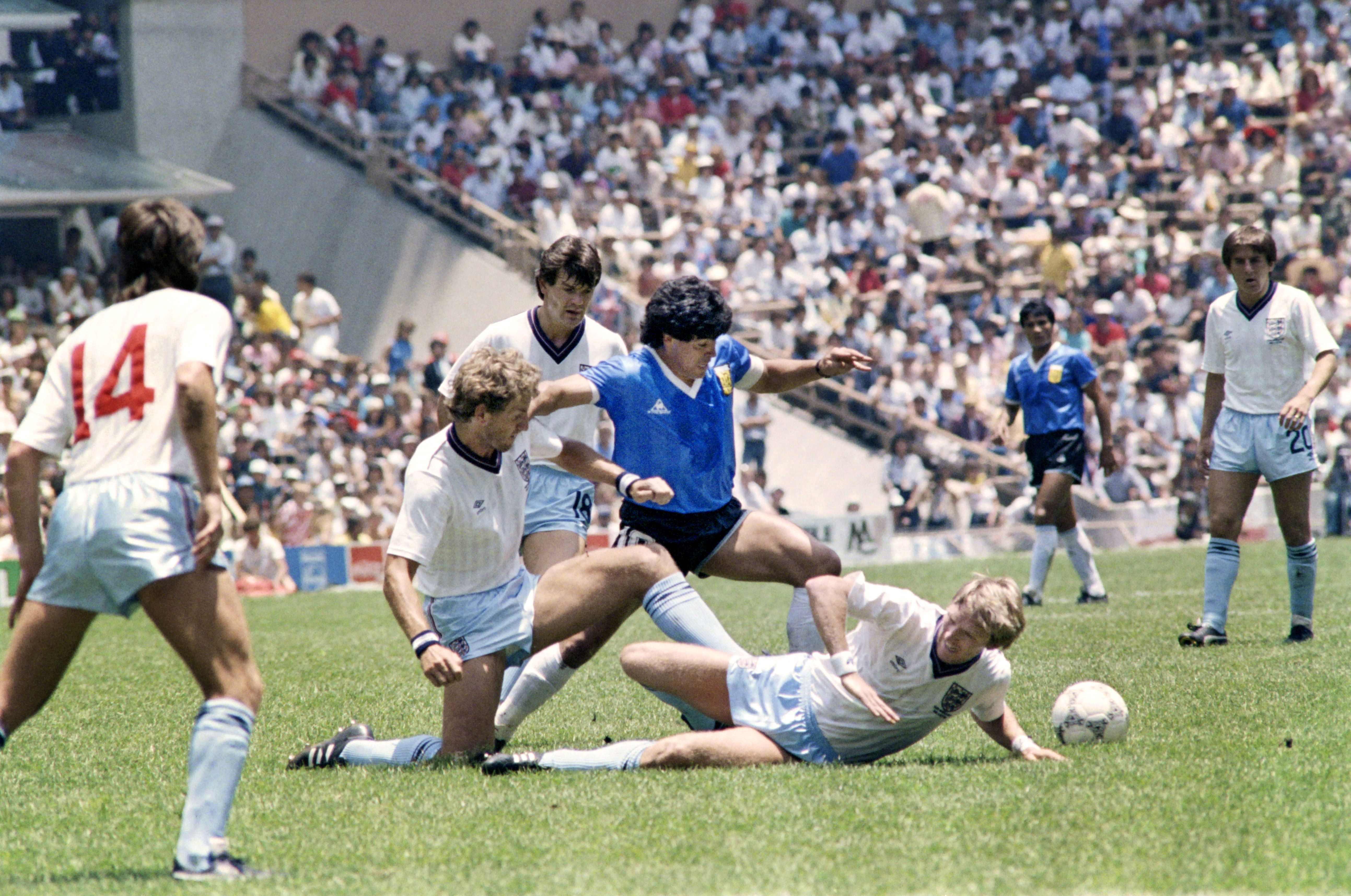 Erfolge, Drogen und die Hand Gottes: Das Leben des Diego Maradona