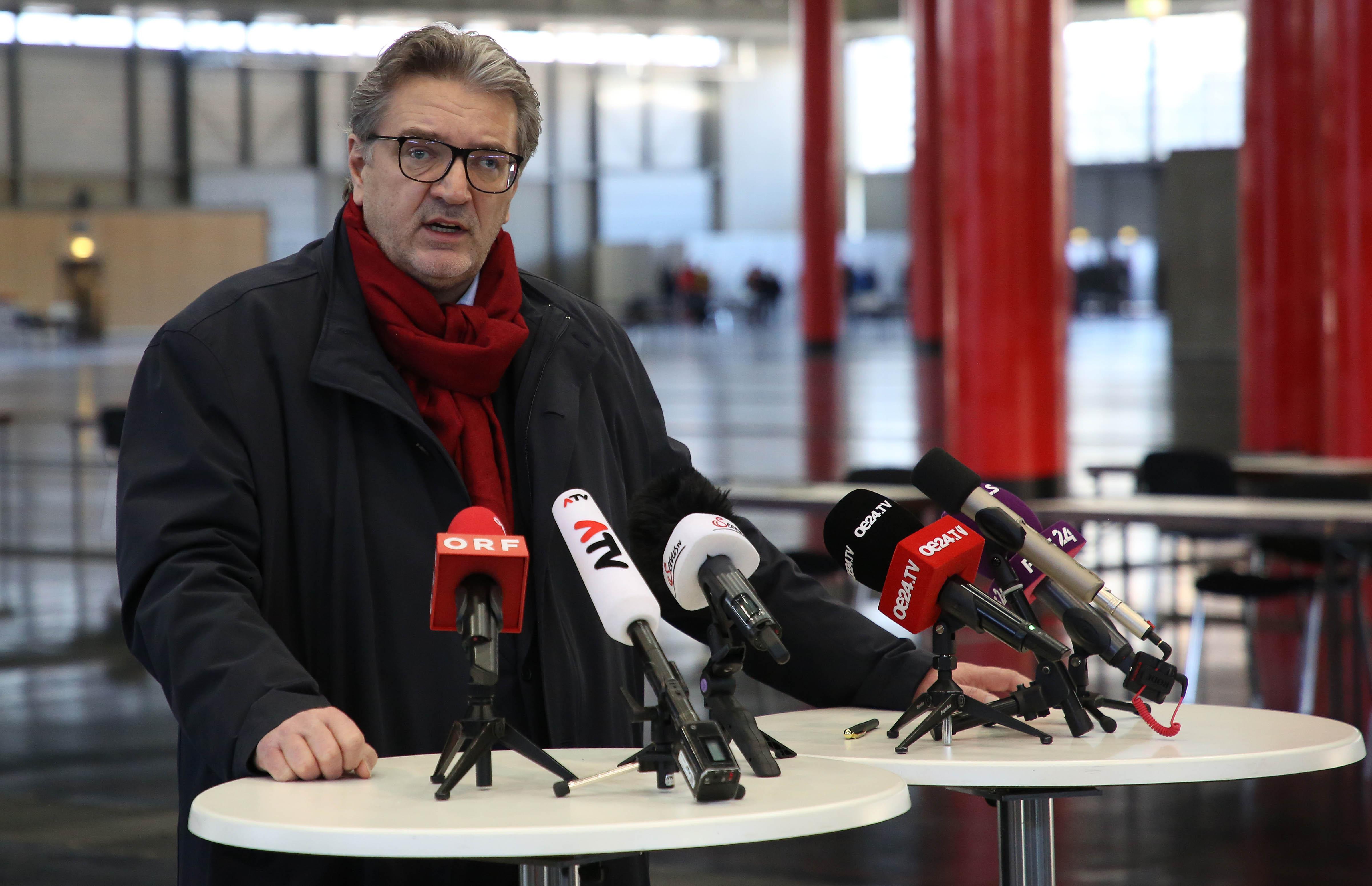 """Wiener Gesundheitsstadtrat Hacker: """"Erkenne Nutzen der Corona-App nicht"""""""