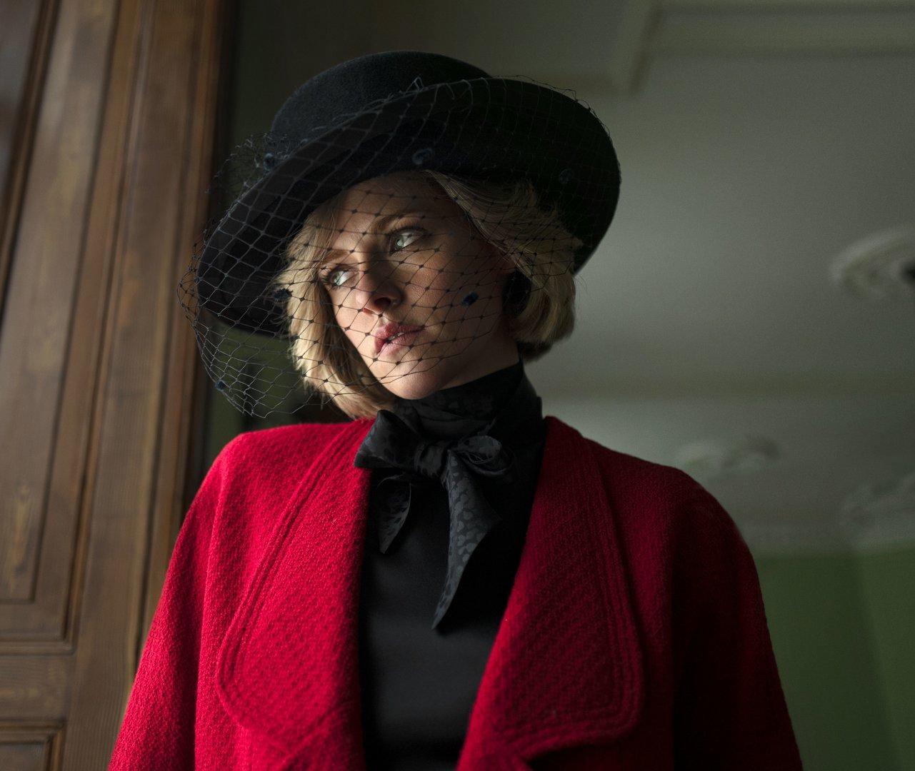 Erstes Bildmaterial von Kristen Stewart als Prinzessin Diana