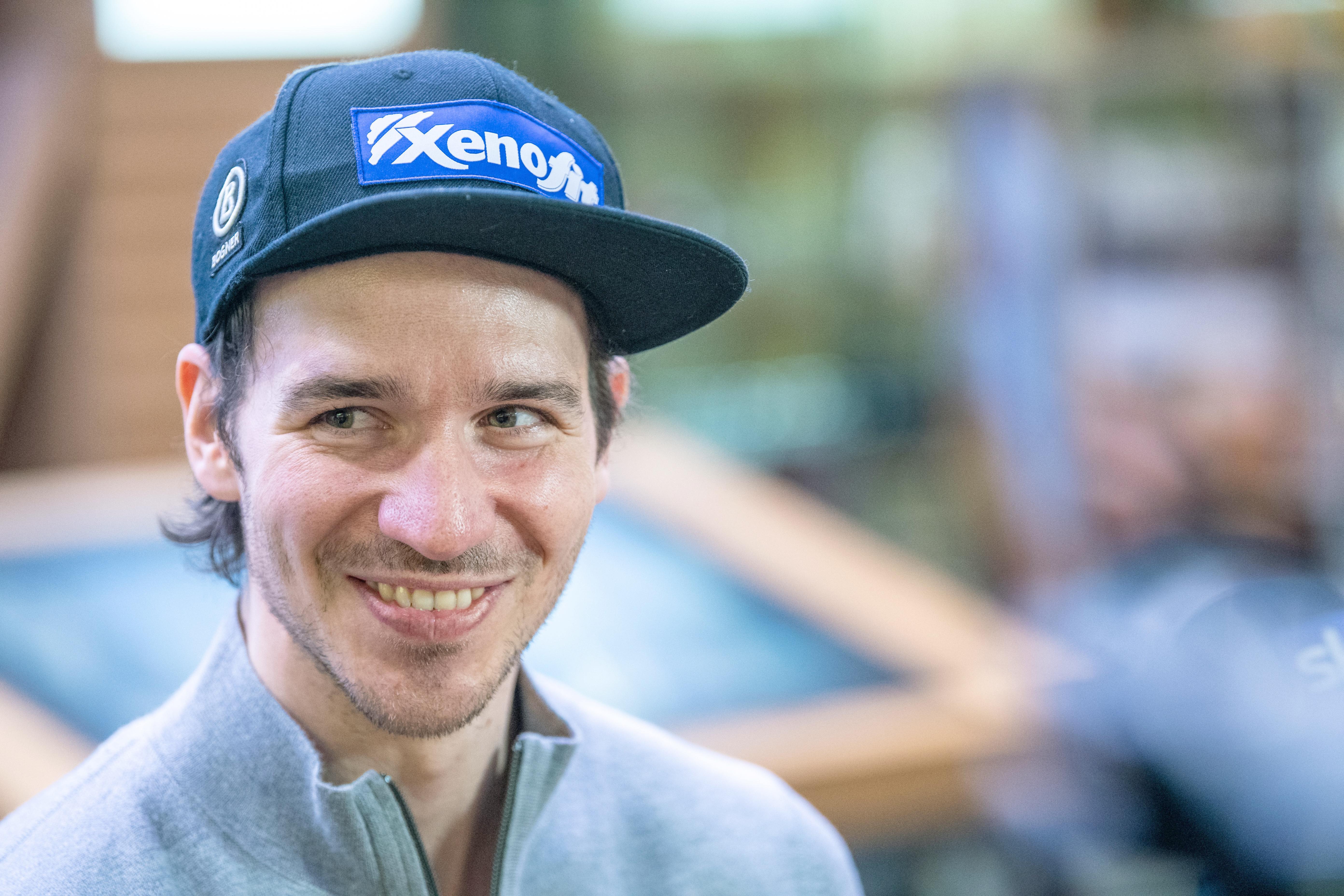 Felix Neureuther kommt in Deutschland an