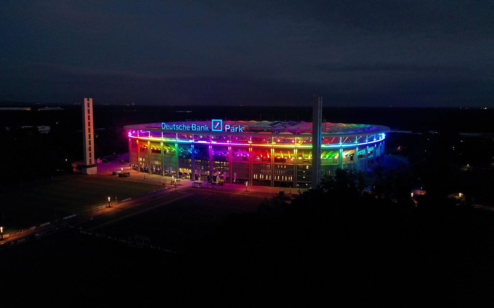 Wie sich der UEFA-Präsident gegen das Stadion-Regenbogenverbot wehrt